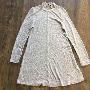 TURTLE-NECK DRESS